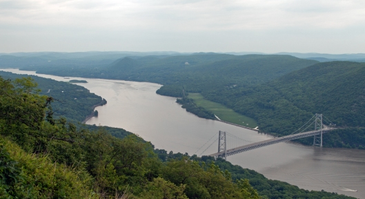 Looking north along the Hudson River and the Hudson Valley from Bear Mountain. Image © Joe Geronimo