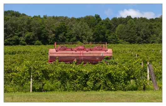 An old tank car has found a new use at Bully Hill Vineyards. Image © Joe Geronimo