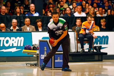 Jason Belmonte defends his title during the final round of the USBC Masters against EJ Tackett at Brunswick Zone Caroier Lanes in North Brunswick, New Jersey. Image © Joe Geronimo/PBA