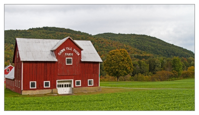 Along the Connecticut River Valley near Wells River, VT on October 2nd 2015. Image © Joe Geronimo