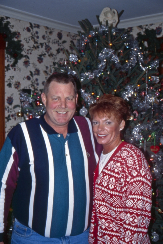Julie's sister Beth and husband Dave Christmas Day 2003 in Michigan.
