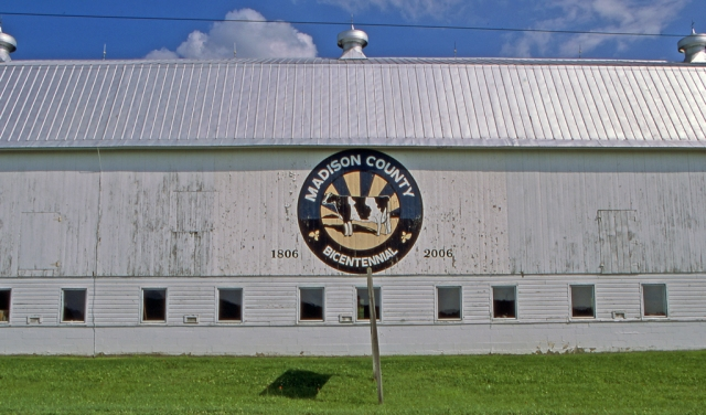 madison-county-bicentennial-barn-route-12b-madison-ny-agust-20th-2016_02s