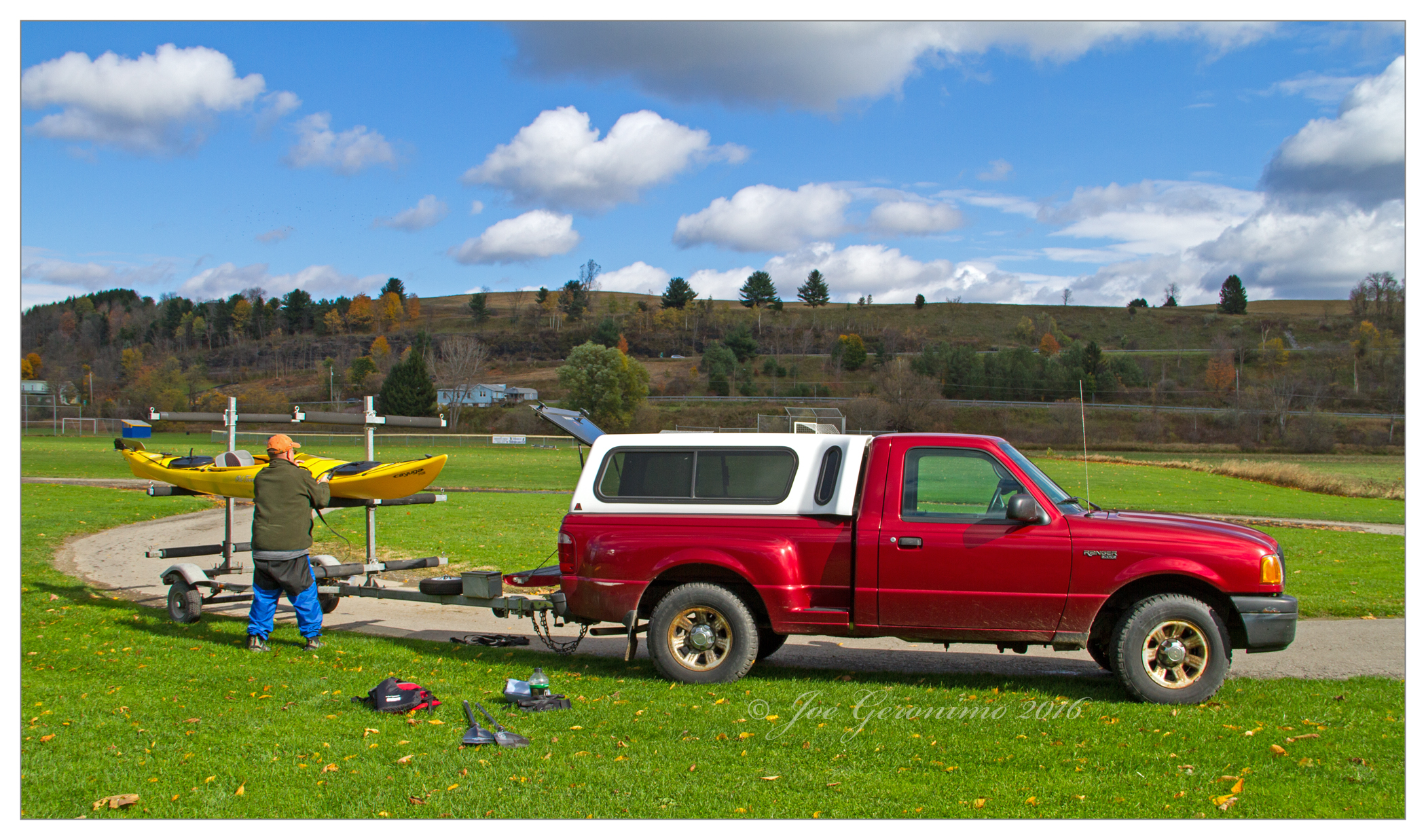 Warren loading our boats for the trip back to my car, October 23rd 2016 Marathon, NY. Image © Joe Geronimo
